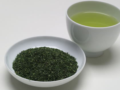 KONACHA This tea is made from Gyokuro) This tea is made from the dust from the processing.